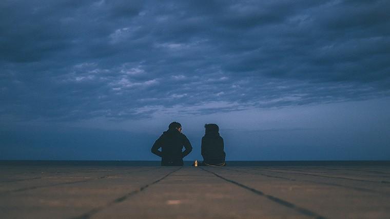 Σχέσεις | Γιατί Αγαπώ περισσότερο από όσο Αγαπιέμαι;