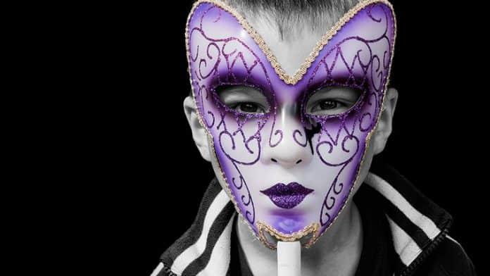 Χόρχε Μπουκάι | Παραιτήσου από το κατάλοιπο της ταυτότητας που άλλοι σου όρισαν