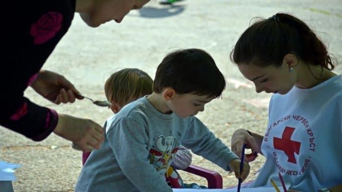 Εθελοντισμός| Όταν προσφέρουμε στους άλλους οι πρώτοι που ωφελούμαστε είμαστε εμείς