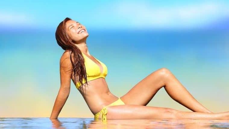 Έκθεση στον ήλιο | Για ποιες μορφές καρκίνου μειώνει κατά 50% τον κίνδυνο