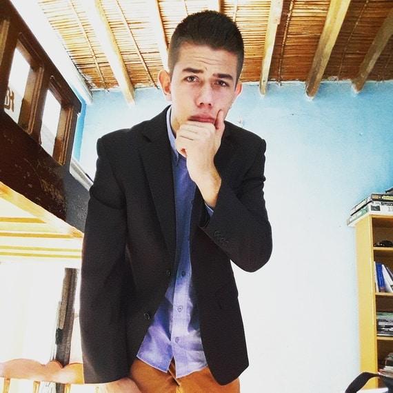 Νικήτας Μαρίνος από Κάλυμνο επιχειρηματίας στα 15 του 8