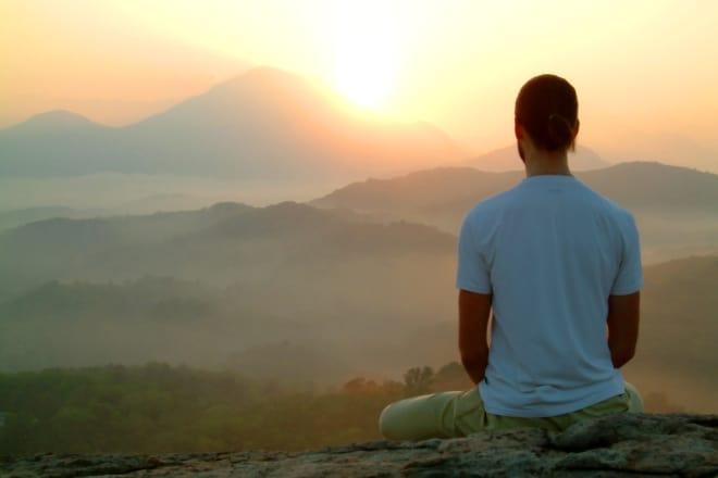 Της Βικτώριας Καρυπίδου. Ας είναι λοιπόν ο γνώμονας για τις αρχικές σας επιθυμίες και τα όνειρά σας η ελευθερία, η αλήθεια, η δική σας δημιουργική έκφραση, το δικό σας χρώμα της δικής σας ψυχής.