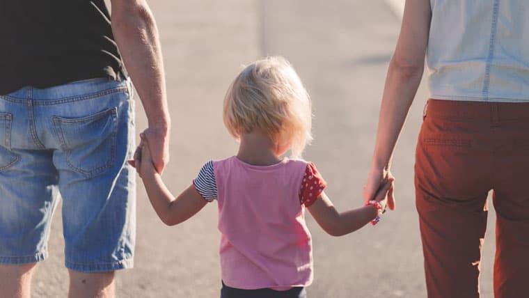 Η Οικογένεια είναι η πρώτη Συναισθηματική Ρίζα - Της Αντιγόνης Συμεωνίδου