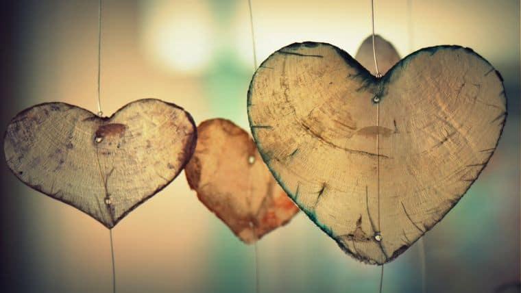 Αγάπη | Της Πασχαλιάς Κασίδου