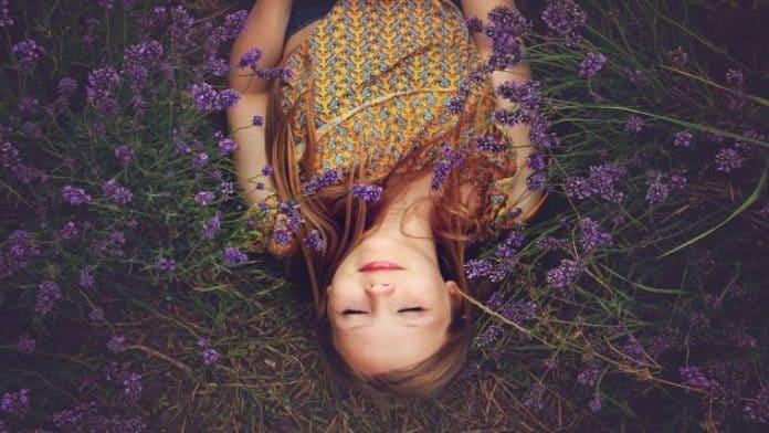 Πλησιάζει το Καλοκαίρι | Της Shakila Ιωάννας Μπράτη