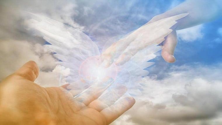 Δωρεάν Εισαγωγικό Σεμινάριο: Επικοινωνία με αγαπημένους που έχουν φύγει από τη ζωή με την βοήθεια των Αγγέλων | Μαίρη Ζαπίτη