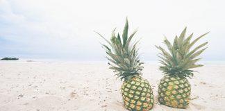 Υγιεινά σνακ και ποτά για την παραλία   της Μαργαρίτας Μπουλούμπαση