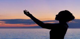 Τι είναι η Karma Yoga - Της Κατερίνας Σπυροπούλου