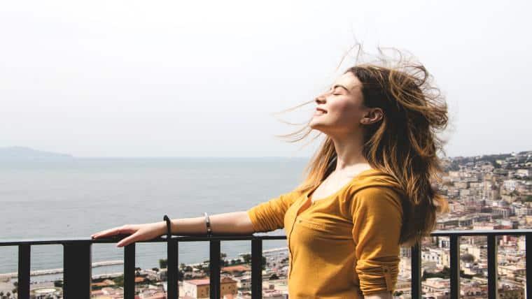 Ο κλέφτης της χαράς σου - της Μαριαλένας Νικολοβγένη