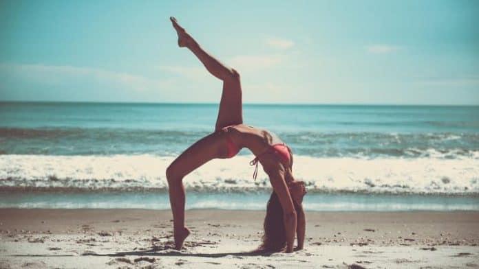 5 συμβουλές yoga για δροσιά το καλοκαίρι
