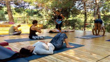 Breathe – Stretch – Regenerate – Align | Zen Rocks Mani