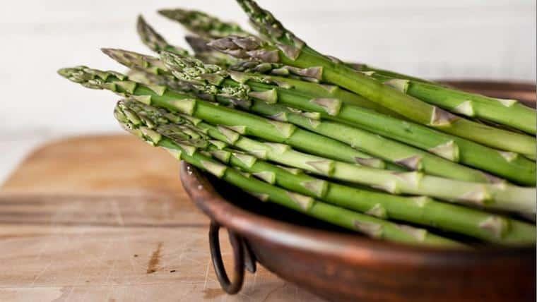 Ανοιξιάτικα φρούτα και λαχανικά που ενισχύουν τον μεταβολισμό σας - Της Δέσποινας Λιγκουνάκη