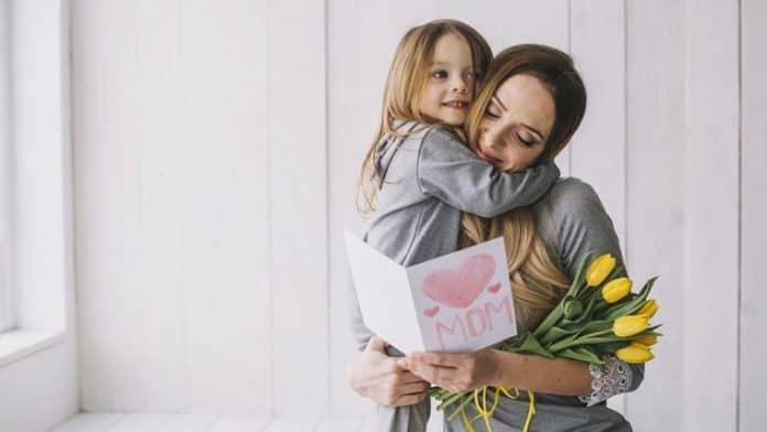 Η μητρότητα είναι ένα ταξίδι