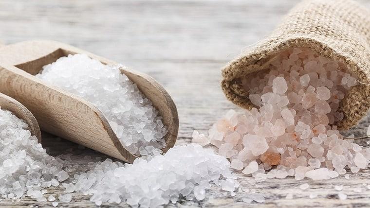 Θεραπεία με το κρυσταλλικό φως των Αλάτων - της Ελίνας-Νάχνα Νικολίτσα