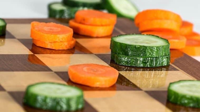 8 σαλάτες που δεν χρειάζονται μαρούλι