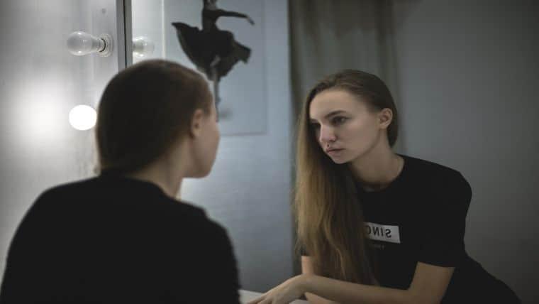 Το παιχνίδι των ρόλων – Είμαστε αυτοί που νομίζουμε ότι είμαστε;
