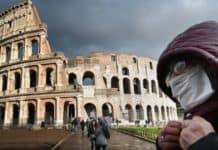 γιαγια Ιταλία μάσκες