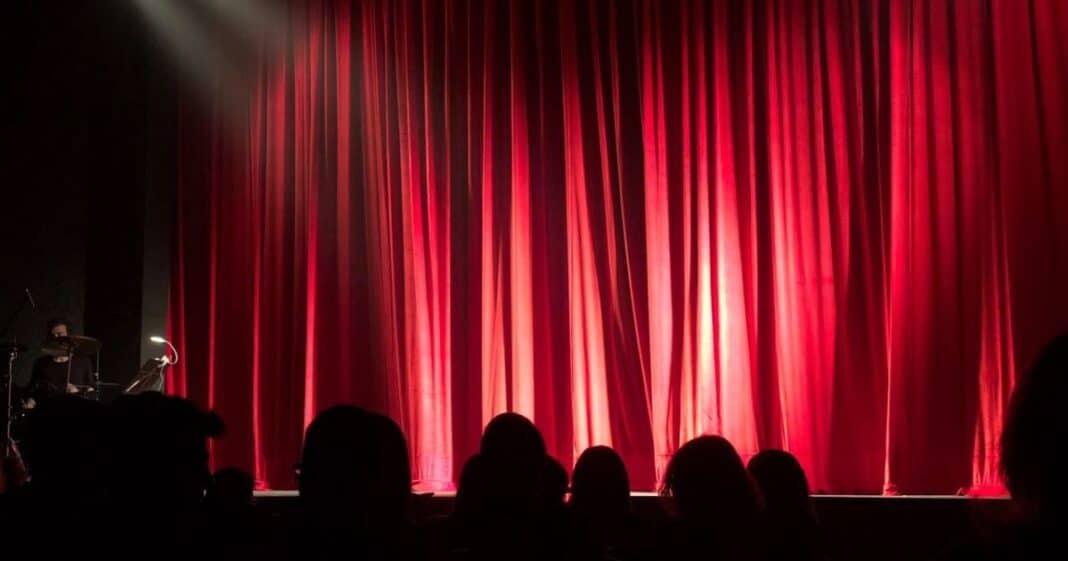 Το θέατρο και 8 τεχνικές του για να ακολουθήσετε στην καθημερινότητά σας
